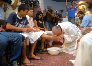 Francis washing feet