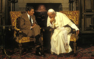 Reagan-and-Pope-JP-II-660x350-1494382376